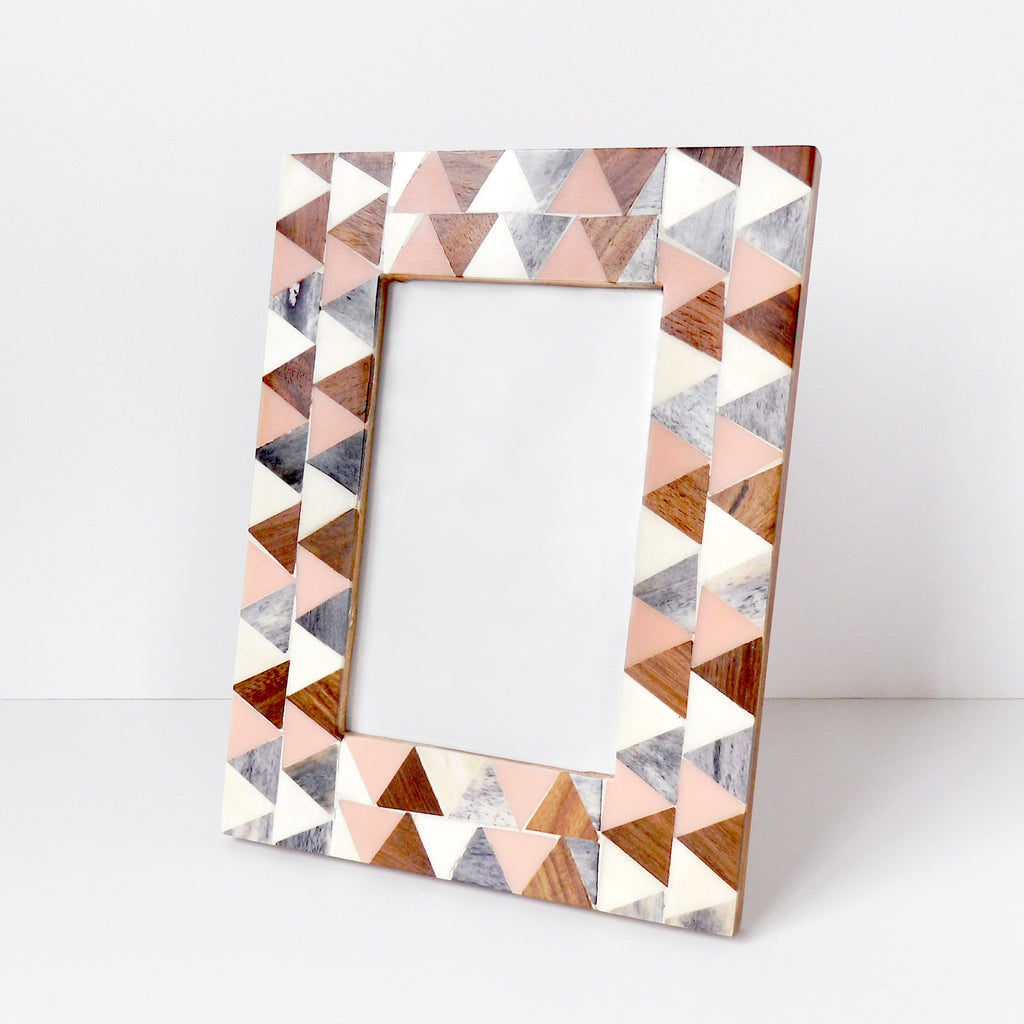 Griggio Triangle Inlay Frame