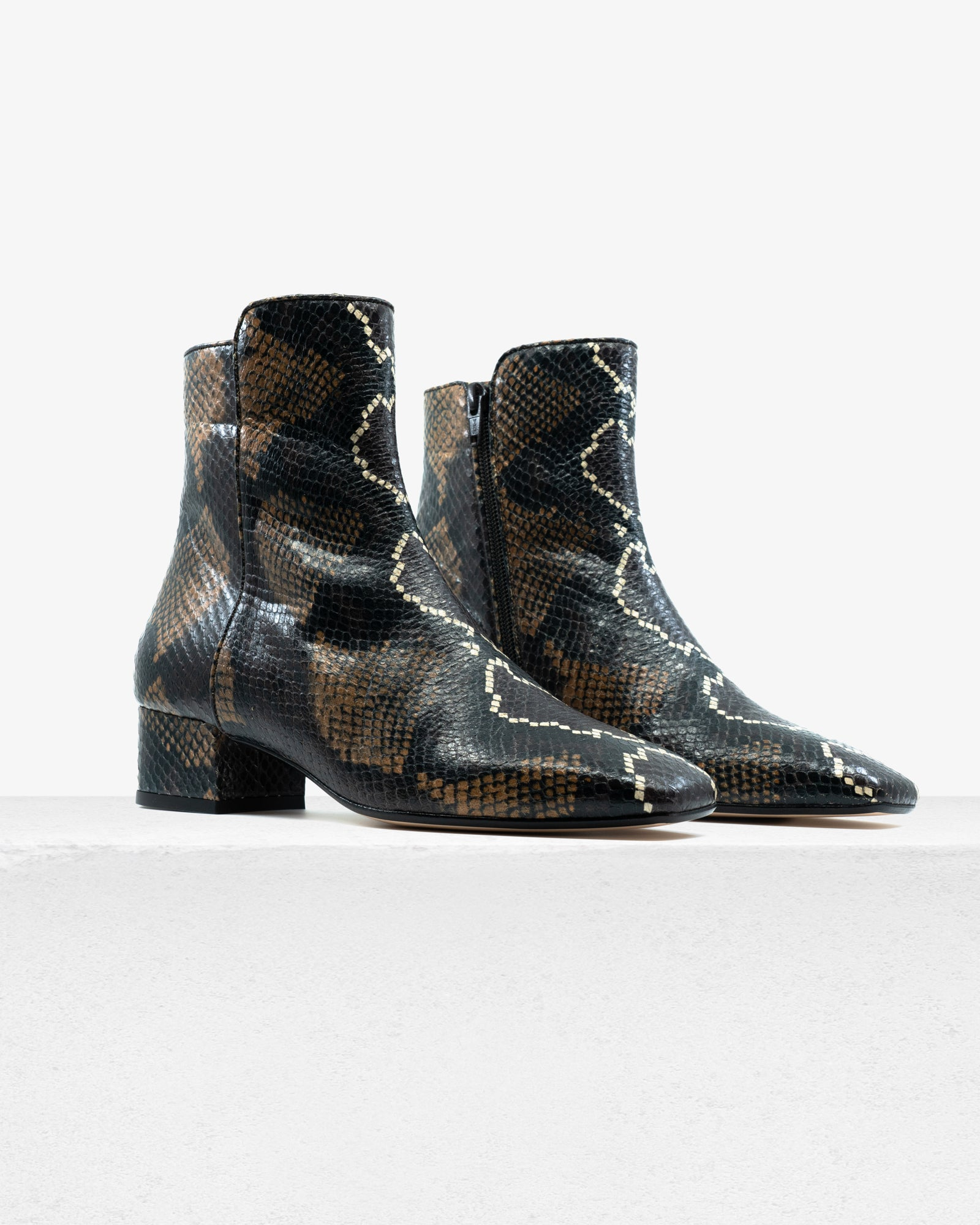 Hunter Multi Faux Python
