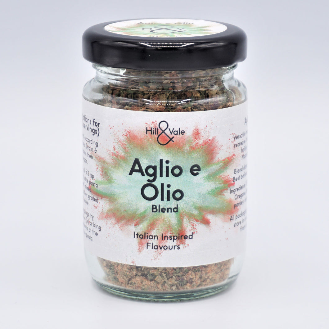 Aglio e Olio spice blend in glass jar
