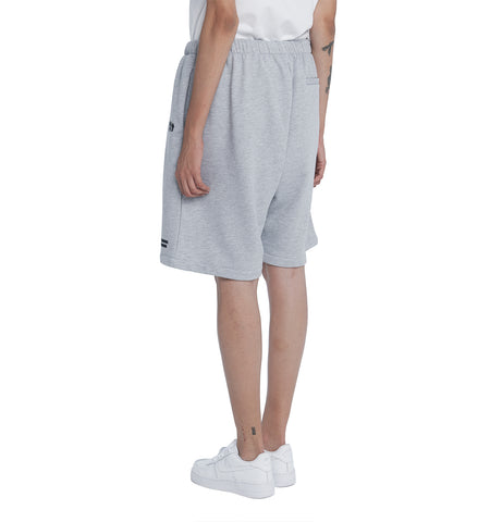 ESSENTIAL CORE SWEATSHORTS GREY