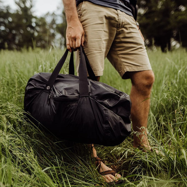 travel, light weight, camp, plane, car, camper, RV, black, blue, duffel bag, bag, portable, large bag, matador, matador brand, men's bag