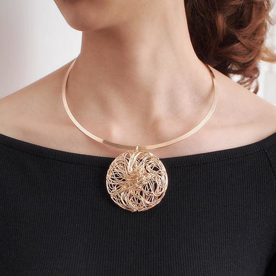 Dani Choker Necklace with Pendant - DERNIER CRI