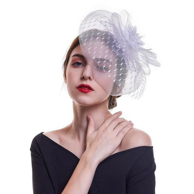 Feather Fascinator with Mesh Veil - DERNIER CRI