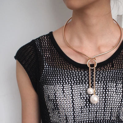 Liv Necklace with Long Pendant - DERNIER CRI