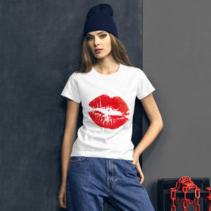 Kiss Me Women's short sleeve t-shirt