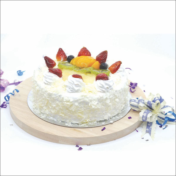 White Forest Fruit Cake Medium 1 pc