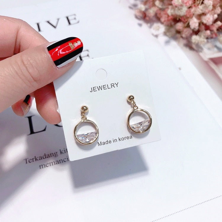 2018 Korean Style Elegant Bling Crystal Earrings For Women Party Jewelry Simple Sweety Round Rhinestone Brincos Cute Gift