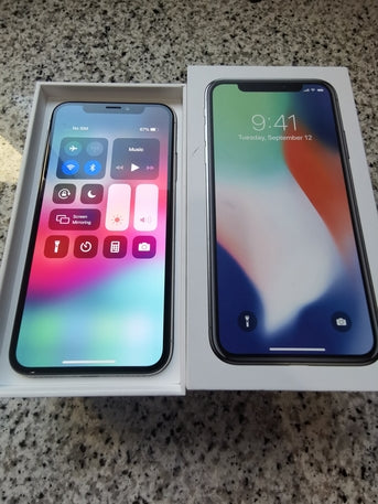 Used Apple iPhone x 64gb same new condition box with all accessories for sale