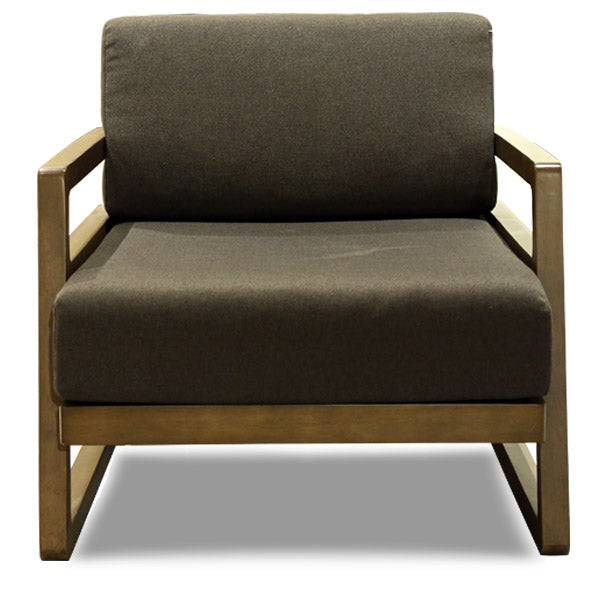 BB-WILBUR ARM CHAIR/WALNUT/BGE