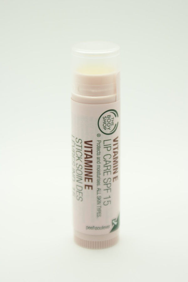 The Body Shop Vitamin E Lip Care SPF 15 4.2g