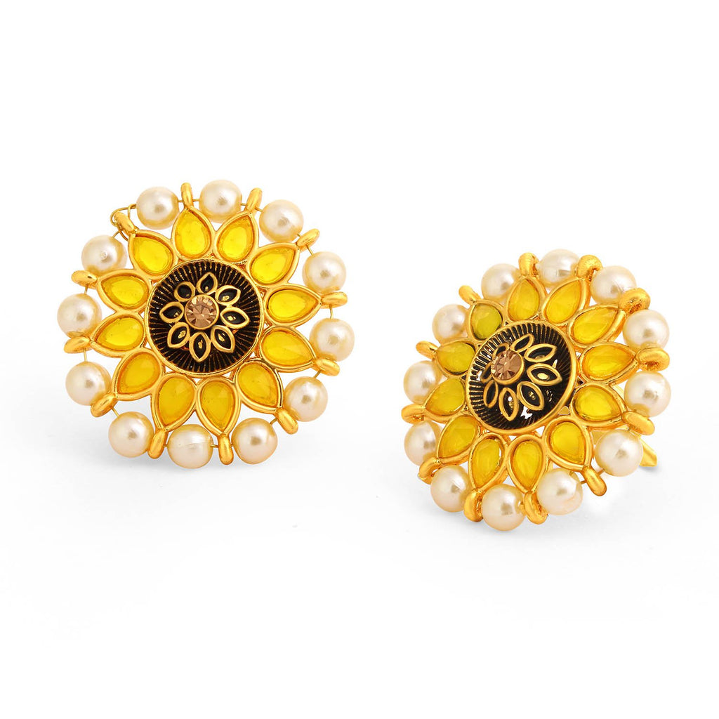 Sukkhi Glittery Floral Gold Plated Pearl Meenakari Stud Earring For Women