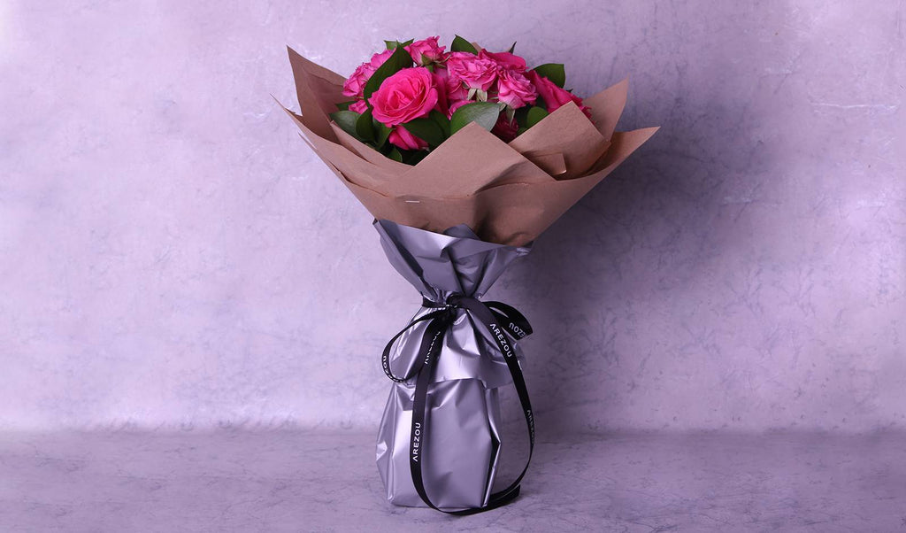 Flower Gifts - Roses in stand bouquet