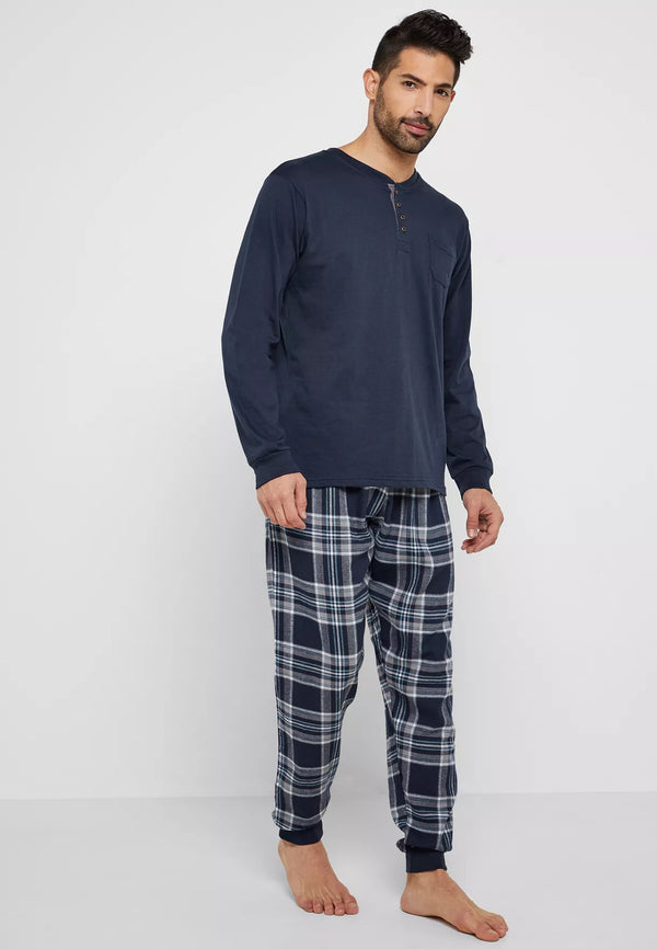 LOUNGE DISTRICT Checked Pyjama Set