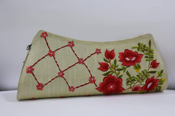 Embroidery Clutch without handle