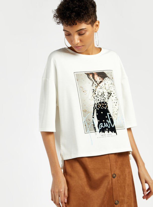 Graphic Print Boxy Top with Round Neck and short Sleeves