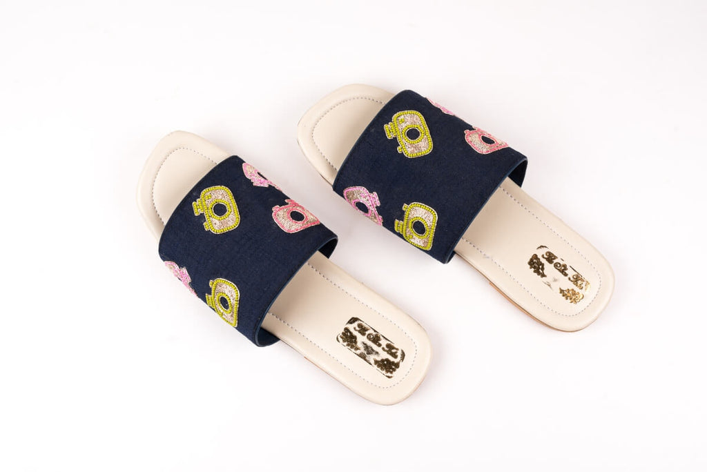 CAMERA EMBROIDERED NAVY BLUE SLIP ONS