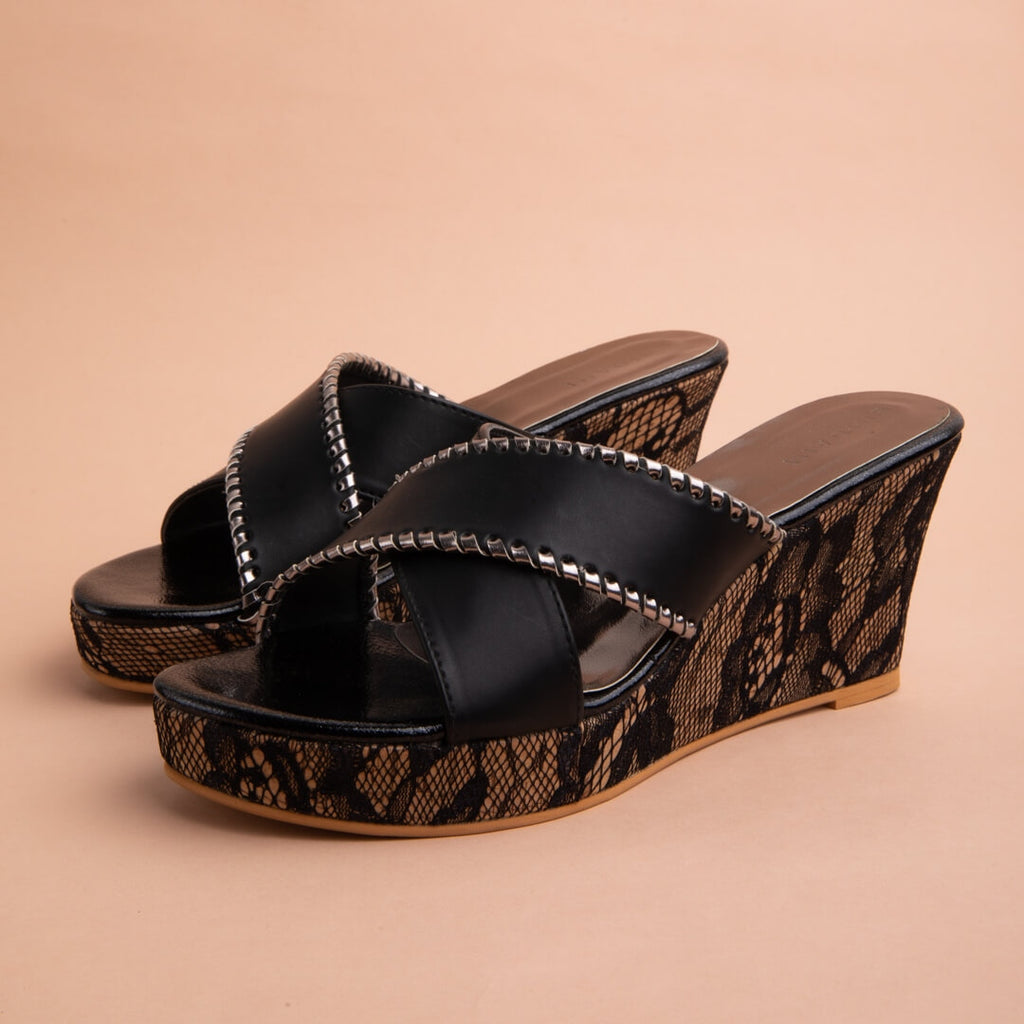 Dion Wedge Eridani Black