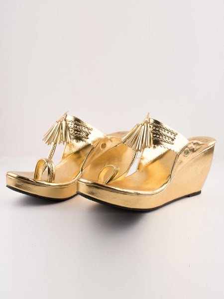 Golden Kolhapuri Wedges