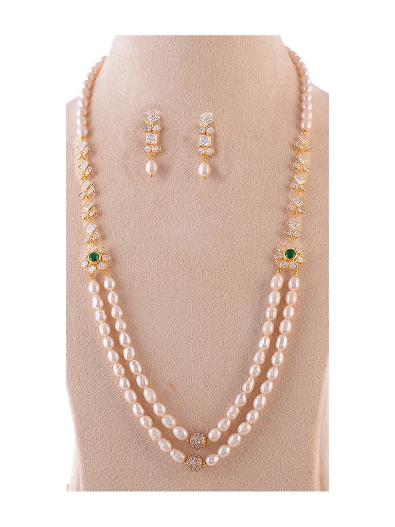 Pearl and Kundan elegant necklace set