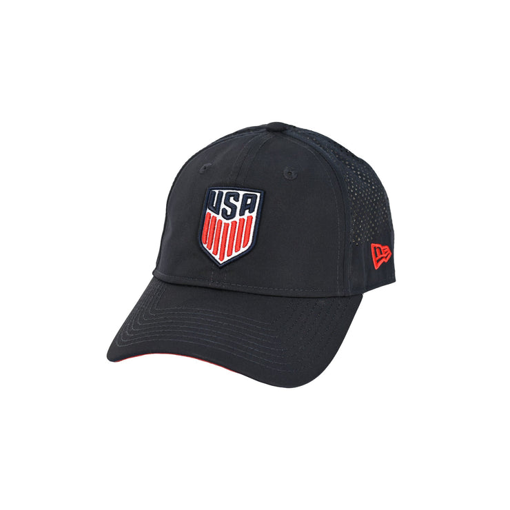 U.S. SOCCER NEW ERA USA 9FORTY PERF PIVOT 2 CAP - NAVY