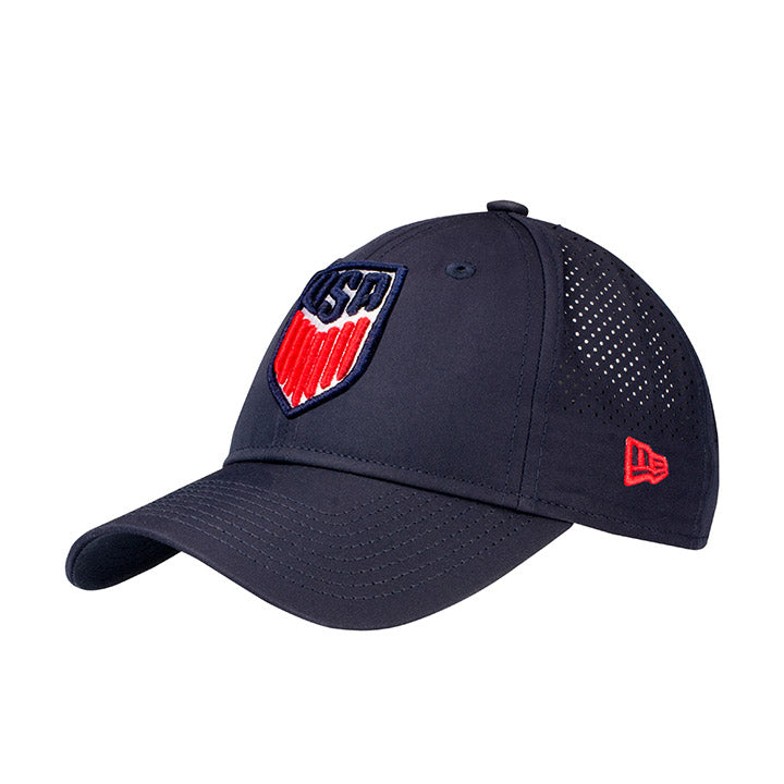 NEW ERA USA 920 Crest PERF PLAY HAT - NAVY