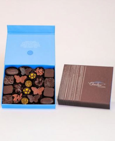 Nuts, Pralines and Caramels Collection, Large Box (20 piece)
