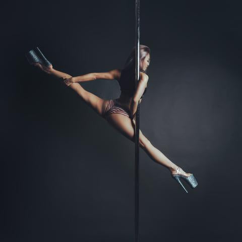 Pole Dancer Singapore 3