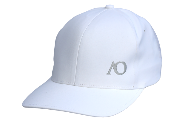 AO PERFORMANCE HAT - WHITE