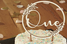 "Laden Sie das Bild in den Galerie-Viewer, Cake Topper ""One"""