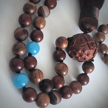 Load image into Gallery viewer, Agate Lotus 108 bead prayer mala
