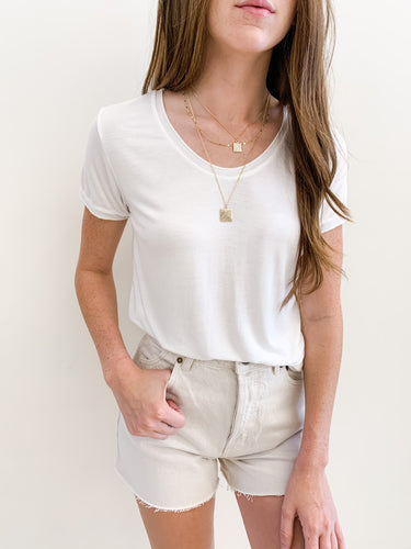 Double Seam Vneck Tee