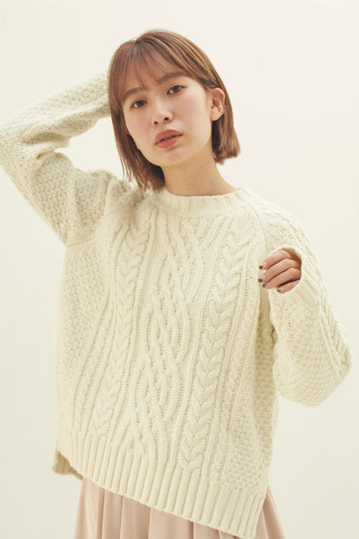 Round neck cable knit PRMT0011