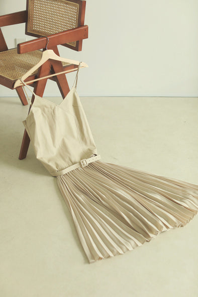 leather switching op PR070025
