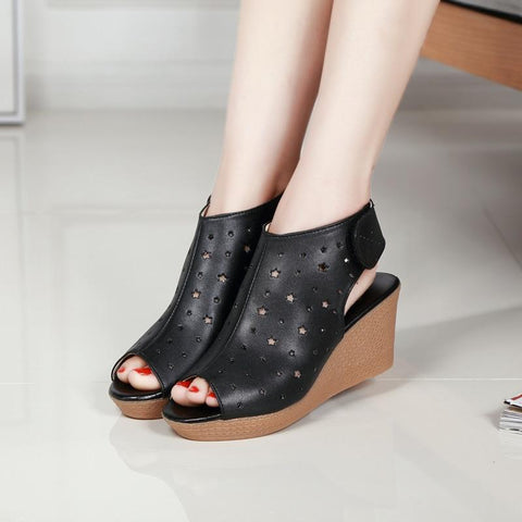 Breatherable Wedge Sandals