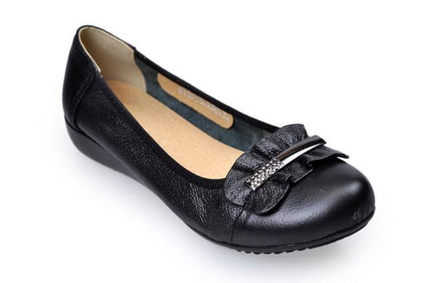 Genuine Leather Metal Decorated Flats