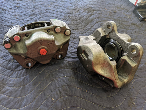 Front Brake Calipers, set; Bus 71-72