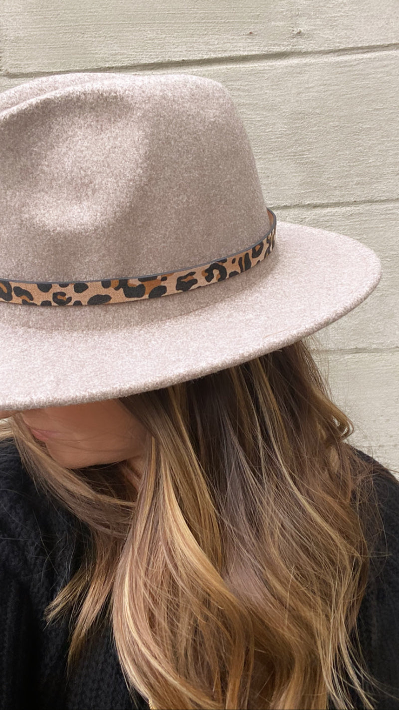 Heather Grey Panama Hat with Leopard Detail