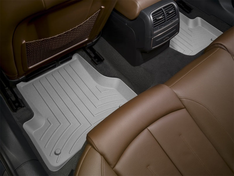 WeatherTech 05-09 Land Rover LR3 Rear FloorLiner - Grey