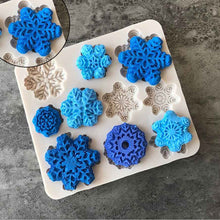 Load image into Gallery viewer, Christmas Snowflake DIY Fondant Cake Chocolate Biscuit Silicone Mold Baking Tool