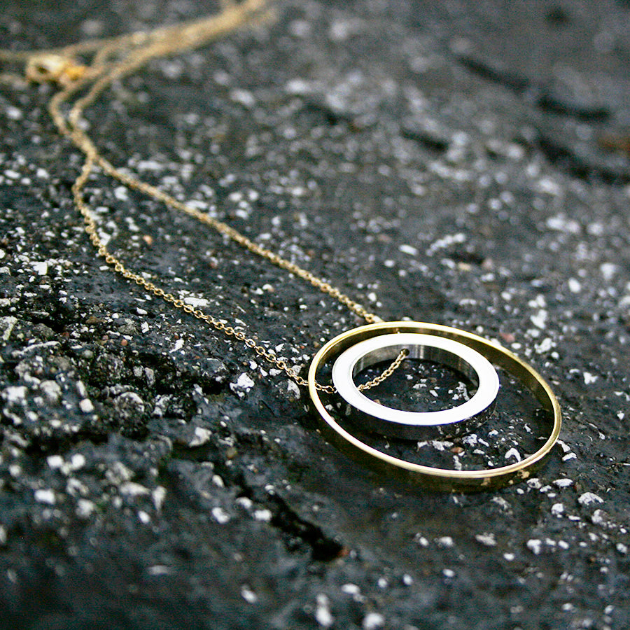 Lisa Two-tone Circle Necklace - Made for Freedom