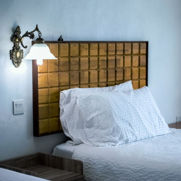 Types of Wall Sconces: Buyer's Guide
