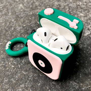 Pine Turntable AirPods Case with Ring - Memebands