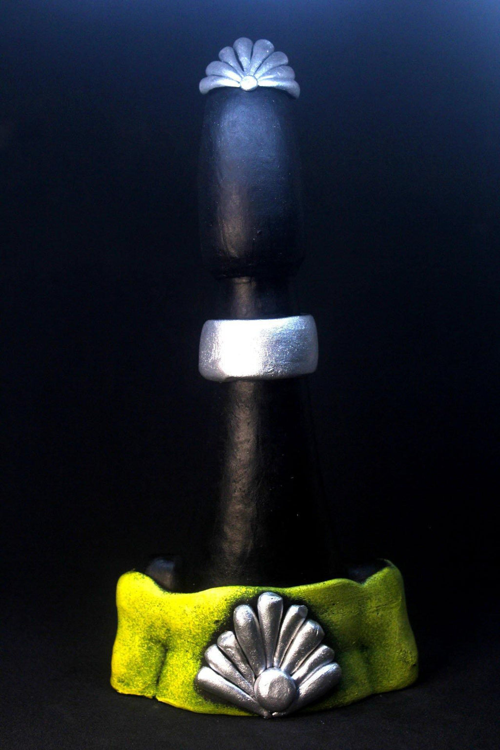 EthniCache™ Statue Handmade Black, Yellow and Silver Statue Home Decor