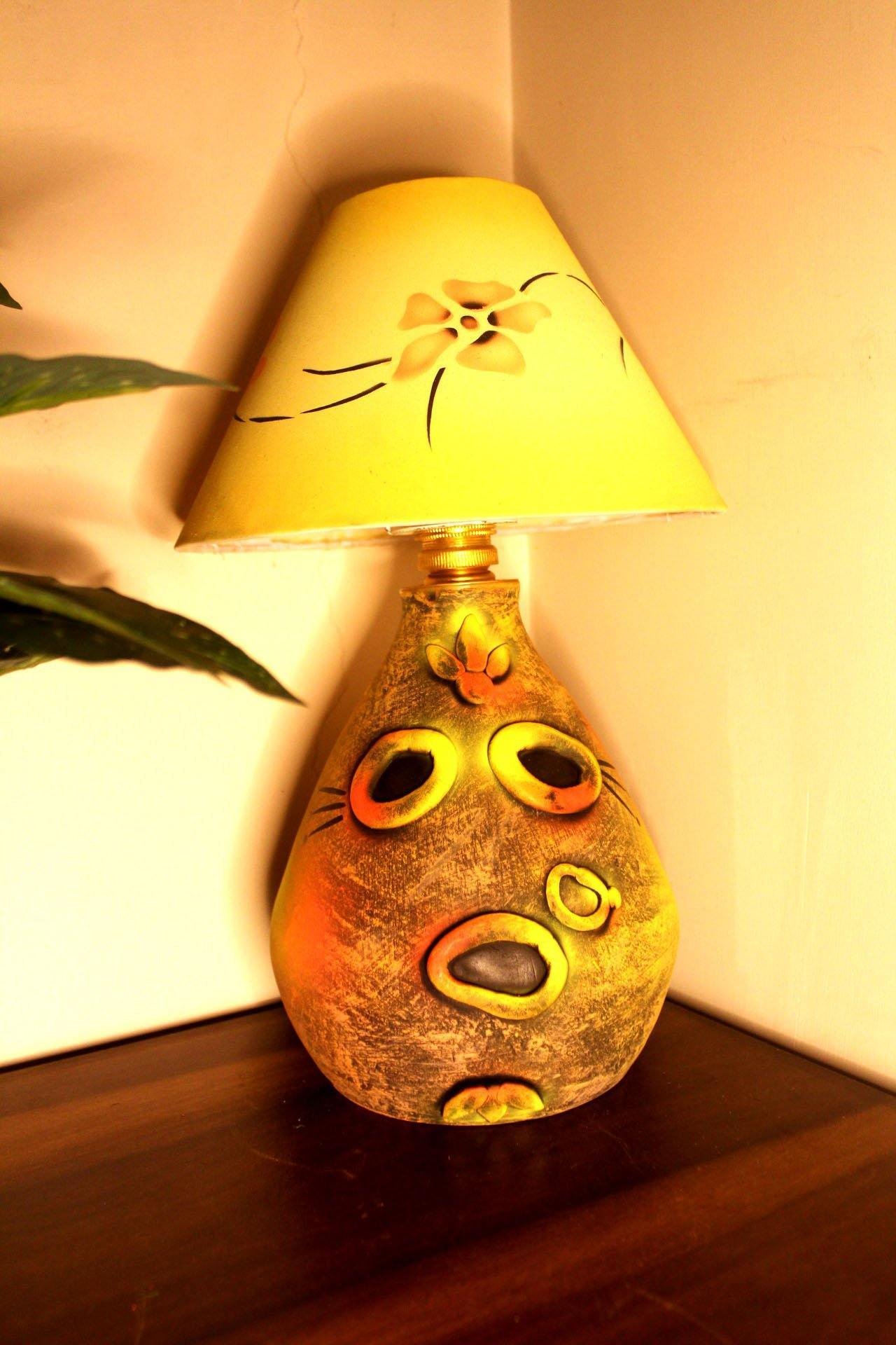 EthniCache Table Lamp Long Abstract Face Terracotta Table Lamp