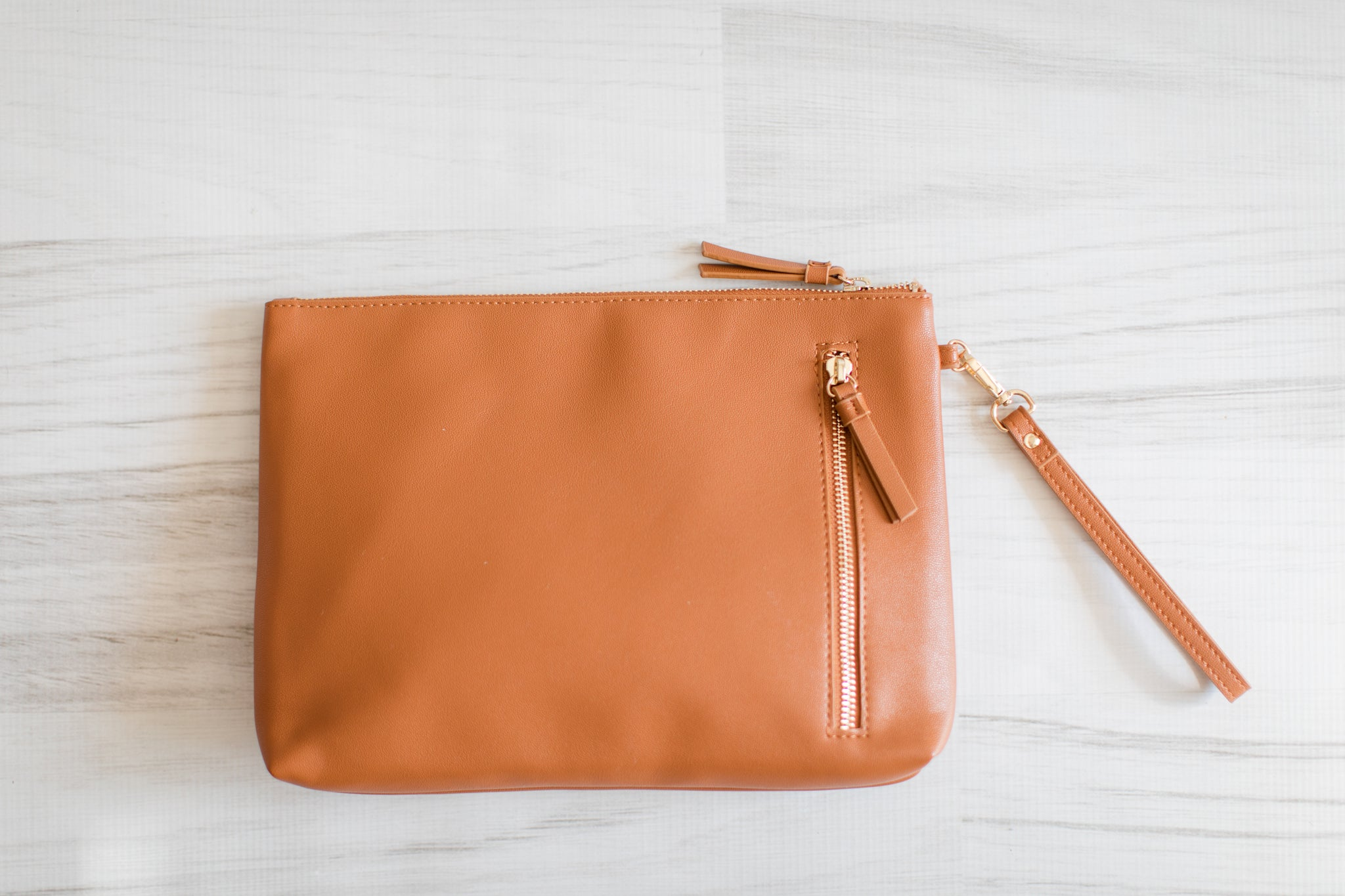 The Traveler Wristlet (Honeypot)
