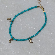 9ct gold Crescent moon & Arizona turquoise adjustable bracelet