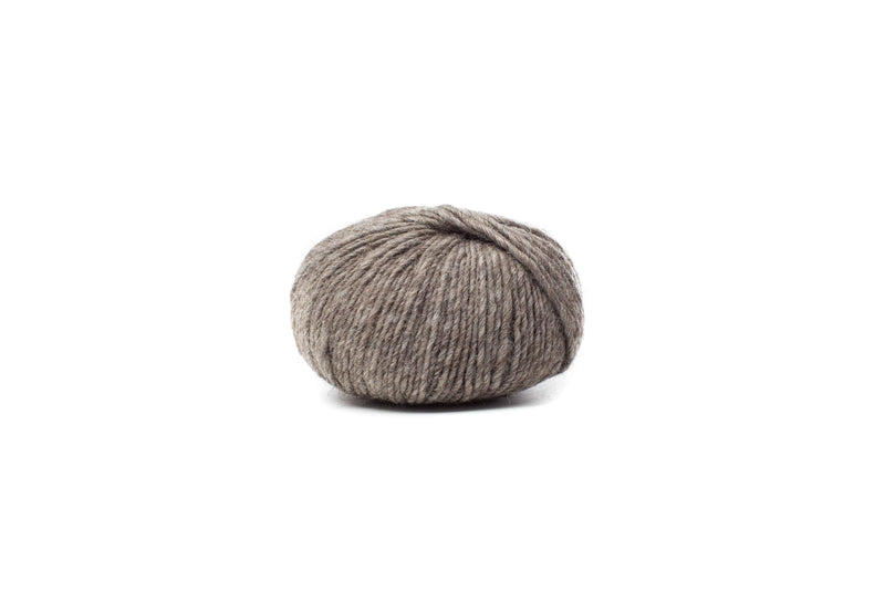 baa ram ewe dovestone natural chunky color 4