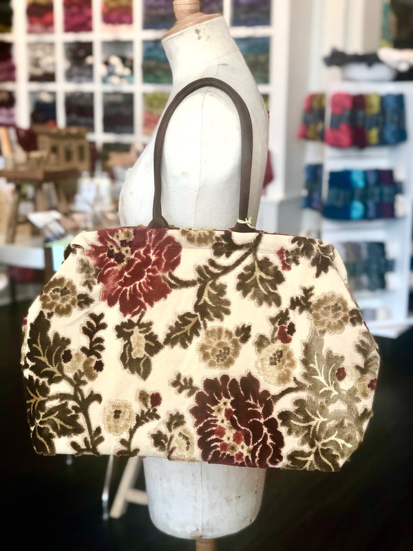 Atenti Carpet Bag