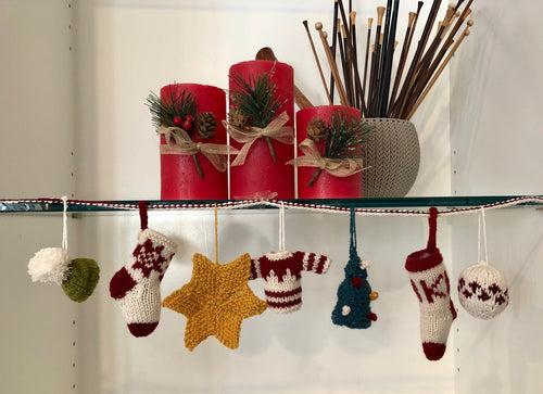 Holiday Garland KAL (Knit-A-Long)