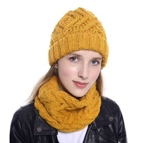 Women's Two-Piece Hat & Scarf Set